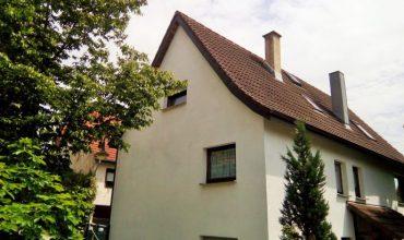 Einfamilienhaus mit Einliegerwohnung in Reutlingen Rommelsbach