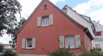 Tübingen house with growing potential